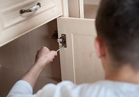Αντικατάσταση Πορτών και Συρταριών ντουλαπιού