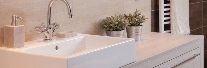 Ανανέωσε τη διακόσμηση του μπάνιου σου με εύκολες αλλαγές!